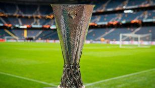 Panorámica del trofeo de la Europa League