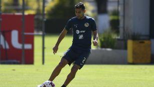 Luis Fuentes en entrenamiento