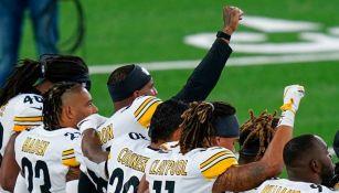 Jugadores de Pittsburgh previo al encuentro