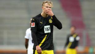 Bundesliga: Ausburgo sorprendió al Dortmund y lo derrotó 2-0