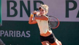 Renata Zarazúa en partido de Tenis