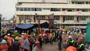 Colegio Rébsamen derrumbado por el sismo