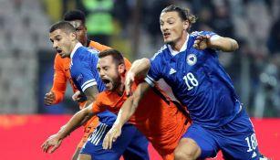 Acciones entre los Países Bajos y Bosnia