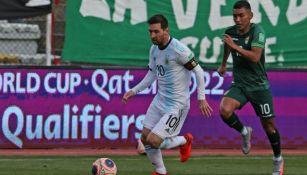Lionel Messi en acción ante Bolivia
