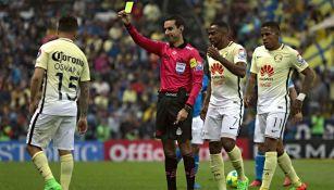 César Arturo Ramos en un partido contra América