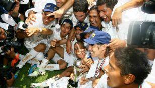 Pumas celebrando el campeonato de 2011