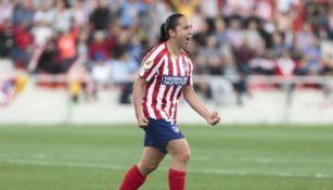 Charlyn Corral en un partido con Atlético de Madrid