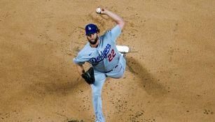 Clayton Kershaw durante un partido con Dodgers