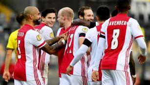 Ajax consiguió victoria histórica ante el Venlo