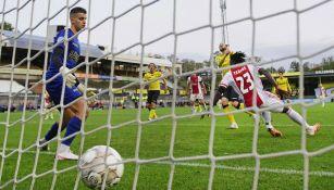 Delano Van Crooij en partido