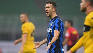 Ivan Perisic en el partido entre el Inter de Milán y el Parma