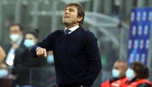 Antonio Conte en un partido del Inter de Milan
