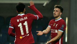 Salah y Diogo Jota en celebración