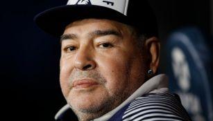 Diego Armando Maradona dirigiendo a Gimnasia y Esgrima