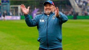 Maradona, en un juego de Gimnasia