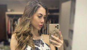 Video: Esposa de Eduardo Vargas se despidió de México entre lágrimas