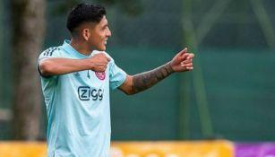 Video: Edson Álvarez mostró sus mejores pasos de baile en entrenamiento del Ajax