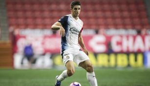 Isaac Brizuela en partido con Chivas