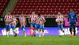 Chivas: Golazo de Alexis Vega levanta polémica por previo fuera de juego