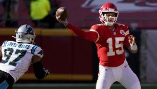 NFL: Kansas City venció a Carolina con final dramático