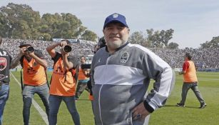 Diego Maradona, técnico de Gimnasia