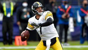 Roethlisberger durante un partido con Steelers