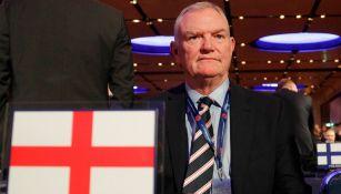 Greg Clarke, en congreso de la UEFA