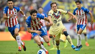 Antonio Briseño en un Clásico Nacional