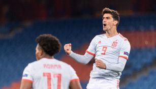 Gerard Moreno luego de marcar gol a favor de España