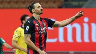 Ibrahimovic durante un partido con el AC Milan