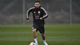 Héctor Herrera en entrenamiento