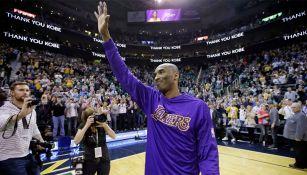 Kobe Bryant en su adiós de la duela