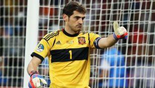 Iker Casillas en un partido con la Selección Española