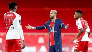 Neymar en su regreso con el PSG tras lesión