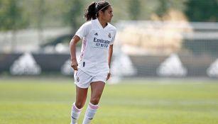 Kenti Robles en partido con Real Madrid