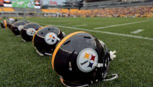 Cascos de Pittsburgh en el emparrillado