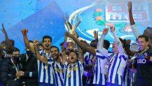 Tecatito Corona: Dio asistencia en el título del Porto por la Supercopa ante Benfica