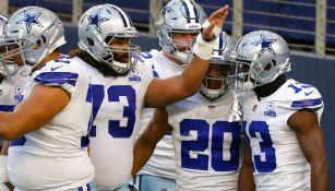 Los Cowboys celebran una jugada ante Philadelphia