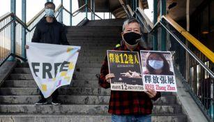 Ciudadanos chinos pidiendo justicia por Zhang Zhan