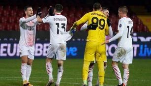 Milan en celebración de gol