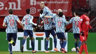 Ajax derrotó al Twente