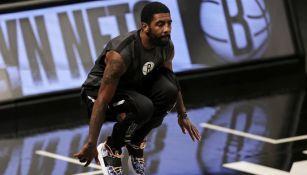 NBA: Kyrie Irving compró una casa para la familia de George Floyd
