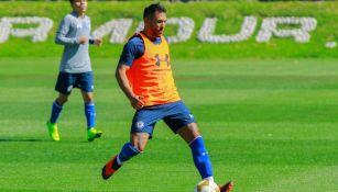 Cruz Azul: Juan Reynoso cuenta con Pol Fernández y Walter Montoya; Angulo no entra en planes