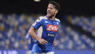 Dries Mertens en un partido con el Napoli