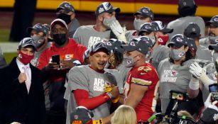Jugadores de los Chiefs tras ganar la Final de la Conferencia Americana