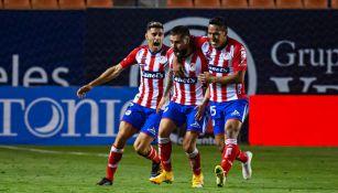 Felipe Gallegos celebra gol del empate ante Xolos