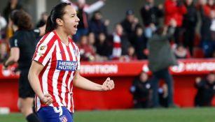 Charlyn Corral en partido con el Atlético