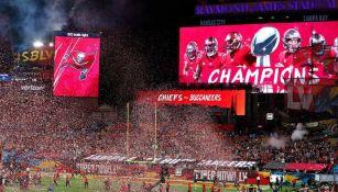 Afición de Tampa Bay festeja título del Super Bowl LV