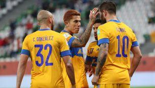Tigres festeja gol ante Palmeiras