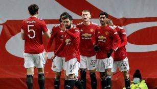 Jugadores del United celebran gol ante el West Ham